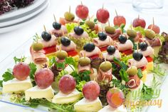 Party Food Platters, Easy Snacks, Fruit Salad, Finger Foods, Catering, Recipes, Baby, Appetizers, Simple Appetizers