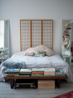 Bench with books Roomspiration, Home Photo, Bench, Bedroom, Anna, Furniture, Helsinki, Lily, Home Decor