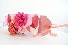 DIY VALENTINES GIFT FOR HIM OR HER <3 A scrapbook made out of toilet paper rolls!