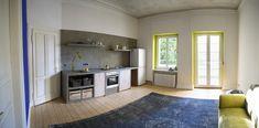 Maler des Jahres 2017, ein Farb-Spezialitäten-Raum, die neue Website Modern, New Homes, Kitchen Cabinets, Wood, House, Home Decor, Kitchen Ideas, Rustic Kitchen Design, Plastering