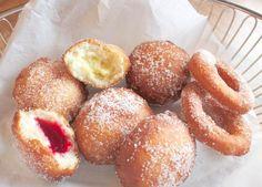 Glutenfrie og laktosefrie berlinerboller og doughnuts - lavFODMAP (Low FODMAP) Christmas Sweets, Low Fodmap, Pretzel Bites, Gluten Free Recipes, Food Styling, Doughnut, Free Food, Donuts, Sweet Treats