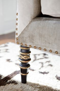 Leopold Sofa detail with burnished gold nail-head trim and antiqued black gold decorative legs by Ebanista from Collection Ten Furniture Styles, Sofa Furniture, Painted Furniture, Furniture Design, Take A Seat, Nailhead Trim, Decoration, Slipcovers, Interior Design