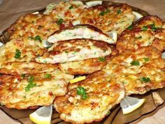 Cooking delicious chicken cutlets in French. Easy Chicken Cutlet Recipes, Beef Recipes, Cooking Recipes, Recipe Chicken, Czech Recipes, Chicken Cutlets, Yum Yum Chicken, Food Photo, A Table
