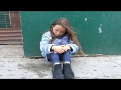 This Little Girl Is Lost On The Streets. You Are Going To Be Furious With How Some People Treat Her. - NewsLinQ