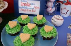 Tool Party for Father's Day Softball Cupcakes, Softball Treats, Baseball Treats, Baseball Food, Softball Party, Baseball Birthday, Baseball Party, Softball Stuff, 13th Birthday