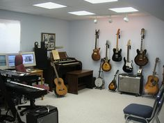 #HomeOwnerBuff Organize Home Digital Recording Studio
