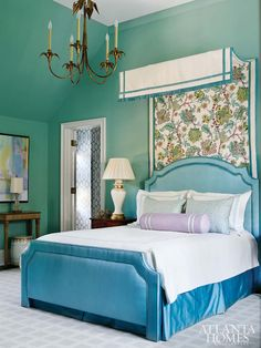 Turquoise is one of the best colour for your room since the colour brings a calm atmosphere. If you want to know the room ideas for this beautiful turquoise, take a look at this 15 adorable turquoise room below! Brown Bedroom Decor, Turquoise Bedroom Decor, Bedroom Turquoise, Master Bedroom Interior, Small Room Bedroom, Home Decor Bedroom, Damask Bedroom, Bedroom Ideas, Bedroom Lamps
