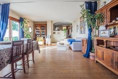 Dai un'occhiata a questo fantastico annuncio su Airbnb: Apt in a Villa with Capri Views - Appartamenti in affitto a Massa Lubrense--Holiday Experience Airbnb  by Francesco -Welcome and enjoy- #europeidicalcio2016  #airbnb  #WonderfulExpo2015  #Wonderfooditaly #MadeinItaly #slowfood  #Basilicata #Toscana #Lombardia #Marche  #Calabria #Veneto  #Sicilia #Liguria #Pollino #LiveThere #FrancescoBruno    @frbrun   frbrun@tiscali.it