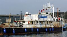 Une pétition, lancée sur la plateforme change.org, demande à la ministre de la Culture Aurélie Filippetti de «sauver  laCalypso», le célèbre navire océanographique du commandant Cousteau, objet d'un différend depuis 2009 entre son propriétaire, l'équipe Cousteau, et le chantier breton chargé de sa restauration.