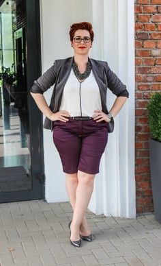 Short pants can be easily integrated in your Office Outfits, The Office, My Outfit, Bermuda Shorts, Plus Size, Cool Stuff, Pants, Fashion, Trouser Pants