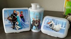 Tupperware now has FROZEN items. Start the year out right, buy the all new Frozen lunch set.  www.my2.Tupperware.com/dbrake76