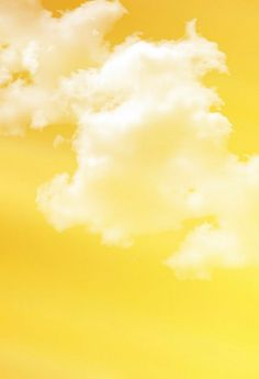 I mellow yellow l Yellow Theme, Yellow Sky, Yellow Walls, Shades Of Yellow, Mellow Yellow, Bedroom Yellow, Yellow Cloud, Green Sky, Yellow Hair