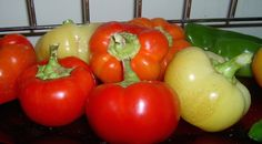 Olajos paprika tartósító nélkül Ital Food, Paprika Pepper, Pepper Plants, Organic Fertilizer, Stuffed Sweet Peppers, Food Processor Recipes, Spicy, At Least
