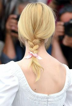 Sweet and low: Elle Fanning, tied a pretty plait with a pale pink ribbon during a phot. Elle Fanning, Ribbon Hairstyle, Makeup Tips, Hair Makeup, Hair Game, Vogue, Pale Pink, Your Hair, Braids