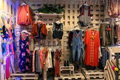 free people store - Google Search Free People Store, Woman Face, Wardrobe Rack, Display, Google Search, Women, Floor Space, Billboard, Female Faces