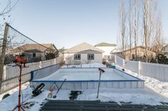 Classic Canadian Winter Backyard #HockeyLovers