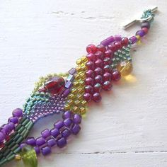 Freeform Peyote Bracelet 2 | Craftsy