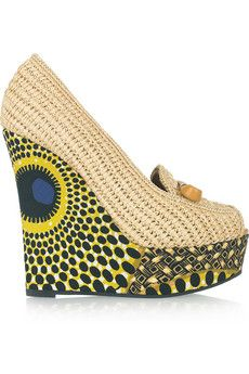 Be still my heart! - Burberry Prorsum  Woven raffia and printed wedge pumps