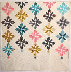 Chandelier Quilt| Lee Heinrich.  I know this is different than the wedding ring, but isn't it totally lovely? and it is a perfect throw size!