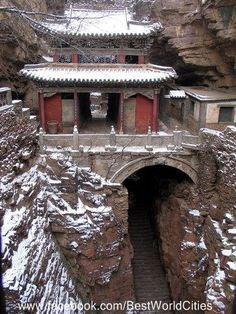 """Dag 55: Shijiazhuang, China - 21 augustus 2014. Betekenis plaatsnaam """"Het dorp met het stenen huis"""""""