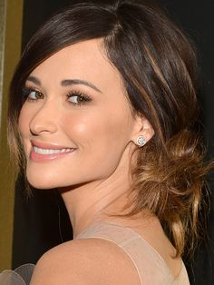 Kacey Musgraves at the 2014 Grammy Awards: http://beautyeditor.ca/2014/01/27/grammys-2014/