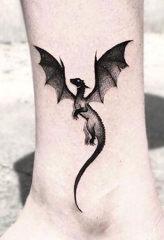 Dragon Tattoo Ankle, Black Dragon Tattoo, Small Dragon Tattoos, Dragon Tattoo For Women, Back Tattoo Women, Dragon Tattoo Designs, Tattoos For Women, Dragon Tattoo On Shoulder, Back Tattoos For Girls