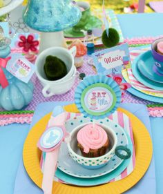 """Photo 2 of 36: Alice in Wonderland, Mad Tea Party / Birthday """"Alice in Wonderland"""" 