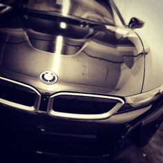 Bmw I8, Road Runner, Car In The World, Cool Cars, Films, Graphics, Facebook, Vehicles, Movies