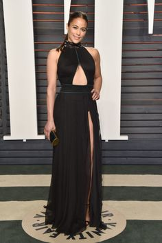 2016 Vanity Fair Oscars party: what they're wearing - Vogue Australia
