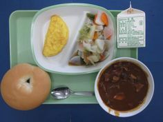 e20151026a Japanese School Lunch, Food Service, Japanese Food, Fresh Rolls, Bento, Food And Drink, Yummy Food, Schools, Ethnic Recipes