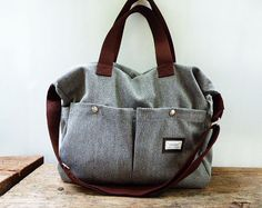 Gray Shoulder bag/Messenger bag/Diaper bag-Tote por litacraft