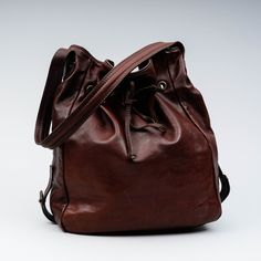 Timberland, Made in Italy, k 35 cm l 40 cm. Timberland, Bucket Bag, Italy, How To Make, Bags, Design, Fashion, Handbags, Moda