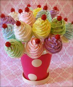 """Fake Cupcake-Lutscher """"Sweet and Whimsy Collection"""" 20 Mini assortierte Cupcake Lollipops Partei Dekor/gefallen/Geschenke 12 Beine Original"""