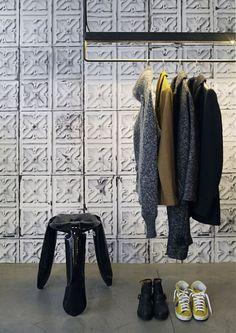 Brooklyn Tin Wallpaper TIN-04 by Merci #Merci #NLXL #Wallpaper #Interior #Home #Decor #Living #Brooklyntin #Tin #Tiles #Wall