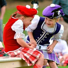 Sharing a secret. Scottish Clothing, Scottish Fashion, Celtic Dance, Tam O' Shanter, Tartan Kilt, Girls Pants, Traditional Outfits, Kids Outfits, Girl Fashion