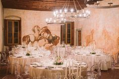 Wedding decor, candles and flowers @ Berlucchi Palazzo Lana. #BerlucchiMood
