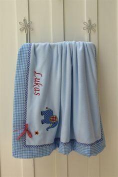 ♥ Herzilein Wien ♥ Babydecke Elefant #herzileinwien #geschenkideen Babys, Blankets, Organization, Kids, Handmade, Home Decor, Tela, Bed Covers, Dressmaking