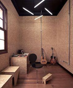 OSB Walls, black ceiling