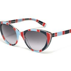 Dolce & Gabbana Cat Eye Stripe Woman Sunglasses Glasses from cat-eye shape, with strong appeal 50s Stripes print acetate. shaded smoke lenses. UV Filter : 3 USED FEW TIMES. No scratches ! Dolce & Gabbana Accessories Sunglasses