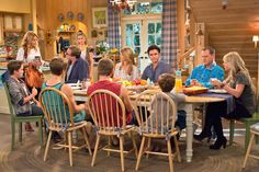 Fuller House Review: Netflix series delivers nostalgia,... #FullerHouse: Fuller House Review: Netflix series delivers… #FullerHouse
