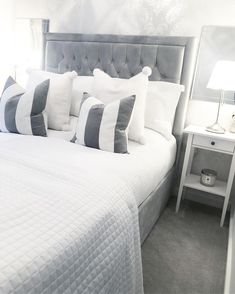 Mrs Hinch reveals the best way to clean every room in your home - and exactly what to use - Mirror Online # Clean Bedroom, Home Bedroom, Master Bedroom, Bedroom Decor, Bedroom Ideas, Decor Room, Bedroom Inspo, Wall Decor, Bedroom Minimalist