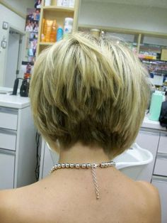 Really like this for the back. Also 2nd one down for the front!  Graduated Bob Hair with Awesome Layers