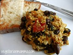 Tofu Scramble, it can be amazingly delicious! Blending ingredients together to craft the perfect breakfast! This recipe is made for lazy weekends!