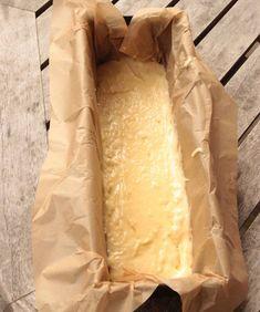 Häll smeten i en limpform, ca 1 ½ liter, klädd med bakplåtspapper. Cheese, Ethnic Recipes, Frases