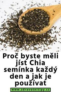 Proč byste měli jíst Chia semínka každý den a jak je používat Smoothie, Food, Essen, Smoothies, Meals, Yemek, Eten