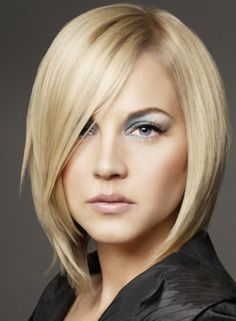 haircuts  that make the face look thinner | ... Hairstyles: Medium Layered Bob Hairstyles For Thin Hair ~ wowhairstyle