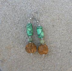 Olivenholzperle handgeschnitzt Drop Earrings, Etsy, Jewelry, Wood Carvings, Ear Piercings, Jewlery, Jewerly, Schmuck, Drop Earring