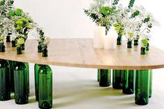 Бутылочные столики Tati Guimaraes: оригинальная коллекция авторской мебели…