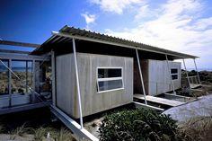 house - peka peka - chris kelly architecture workshop - rear