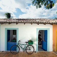 Bom dia com esse clique cheio de simplicidade vindo da Bahia. A antiga casinha…